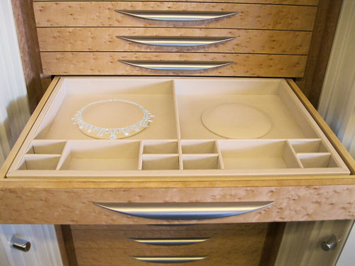 Jewelry safe custom intertior trays