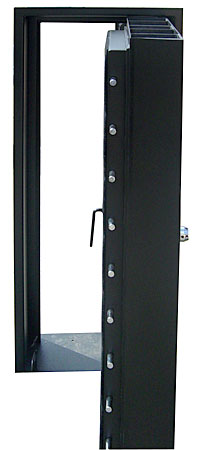 Four point sealing step doors